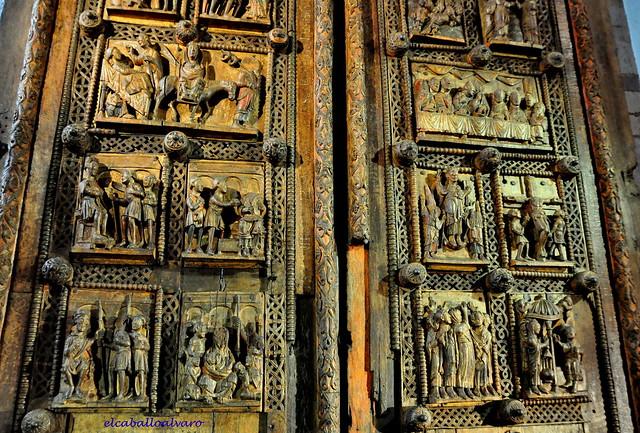 660 - Puerta - Iglesia St. Maria im Kapitol – Köln (Germany).