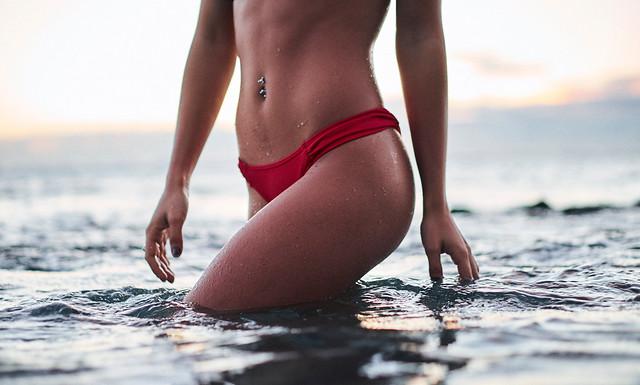 Chica bikini La Criolipolisis de P&P Clinic