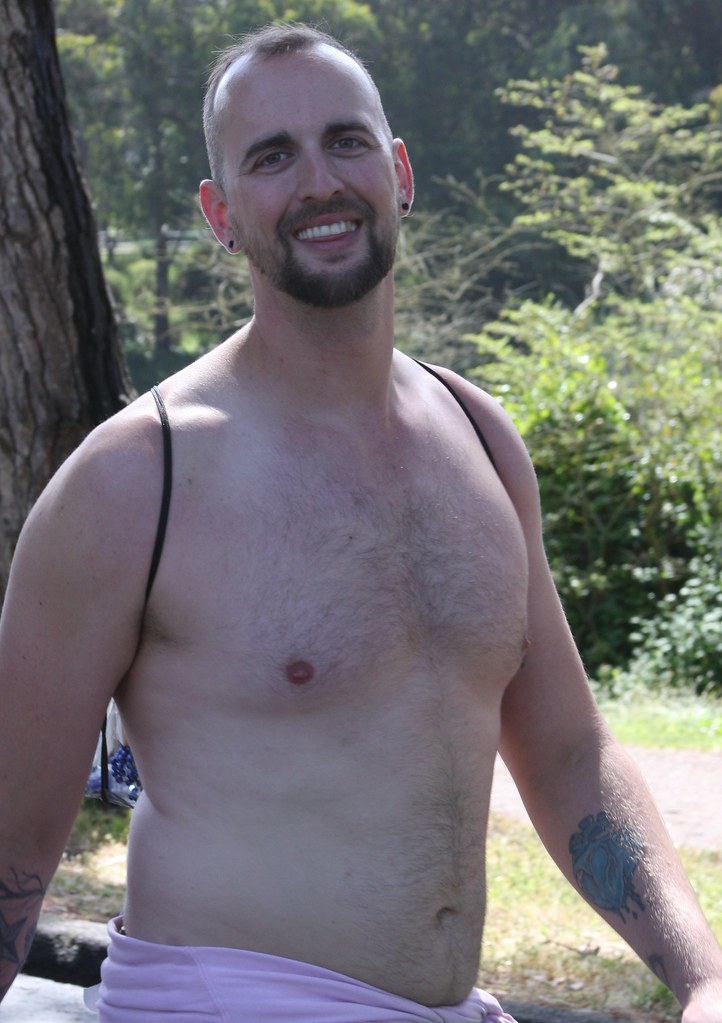 #5 -TOP BEARDED BEARMAN HUNK ! TOP BAY TO BREAKERS HUNKS 2019 ! ( safe photo )