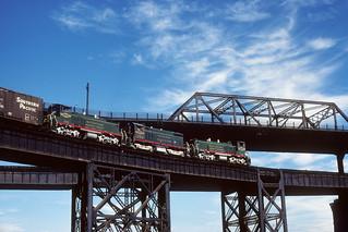 Manufacturers Railway #251 - MacArthur Bridge