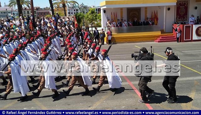 Camarógrafos de Televisión trabajando. Desfile del Día de las Fuerzas Armadas #DIFAS2019