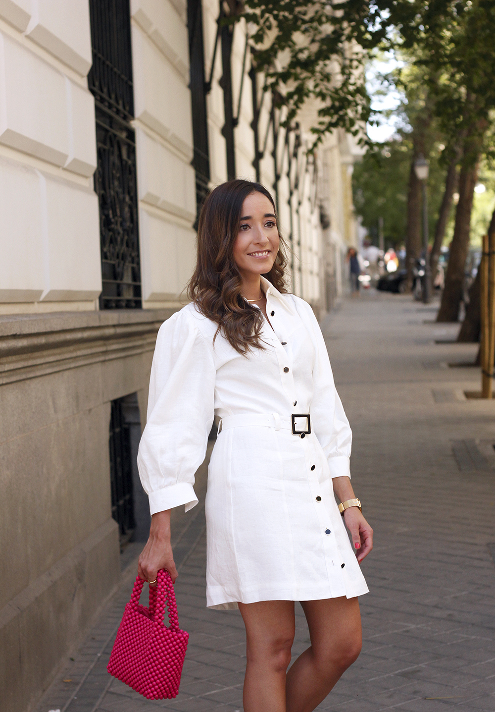 white linen dress pink bag nude sandals folli follie jewellery street style outfit 201914