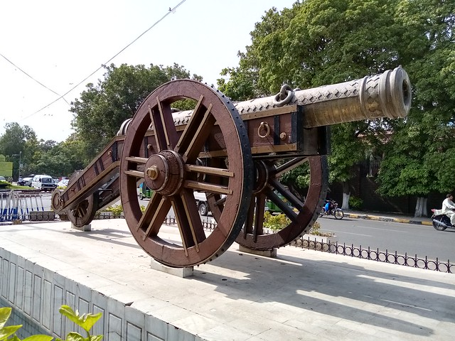 Cannon in HDR mode by Honor 8S