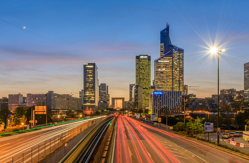 Rush hour la Défense | by aurlien.leroch