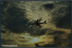 ATARDECER SOBRE EL AVION. AIRPLANE SUNSET. NEW YORK CITY.