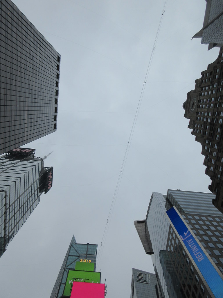 2019 Wallenda Tightrope Line above Times Square 1935