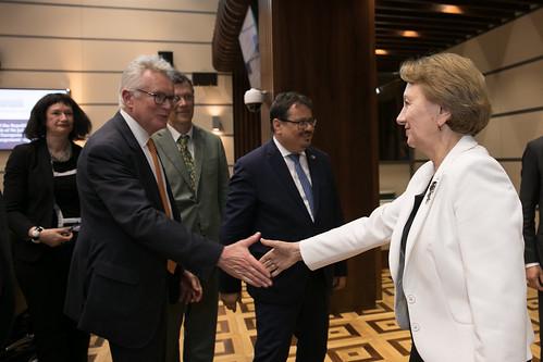 19.06.2019 Întrevederea președintei Parlamentului, Zinaida Greceanîi, cu Johannes Hahn, Comisarul European pentru Politica Europeană de Vecinătate și Negocieri pentru Extindere
