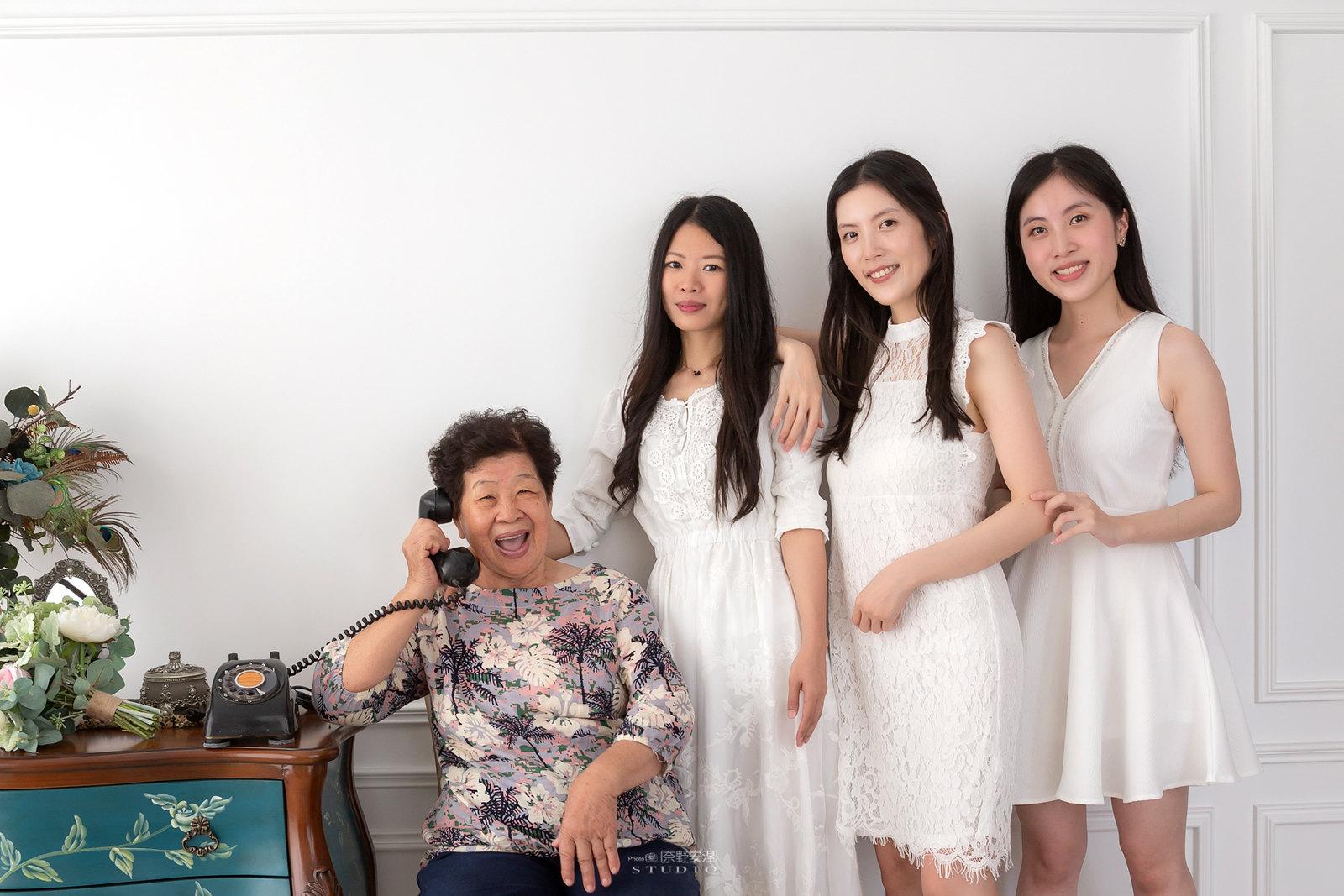 台南全家福 | 拋棄傳統合照的彆扭,忠實呈現家人間最親密的情感18