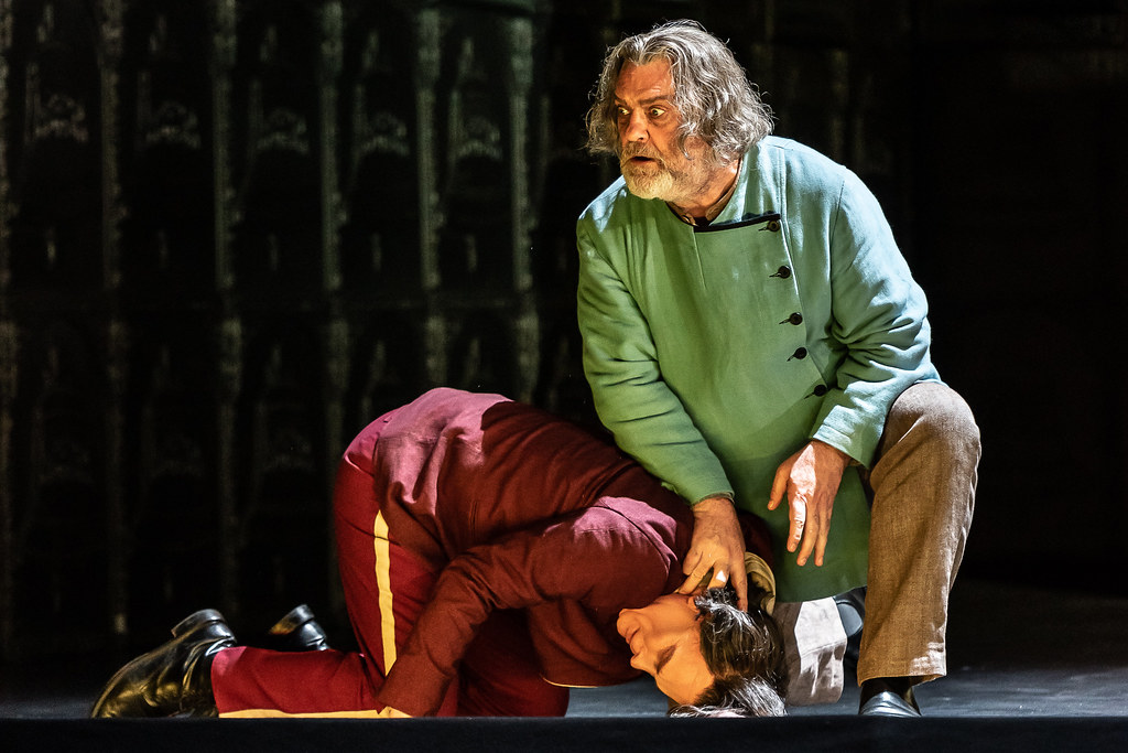 Roger Honeywell as Prince Shuisky and Bryn Terfel as Boris Godunov in Boris Godunov, The Royal Opera © 2019 ROH. Photograph by Clive Barda