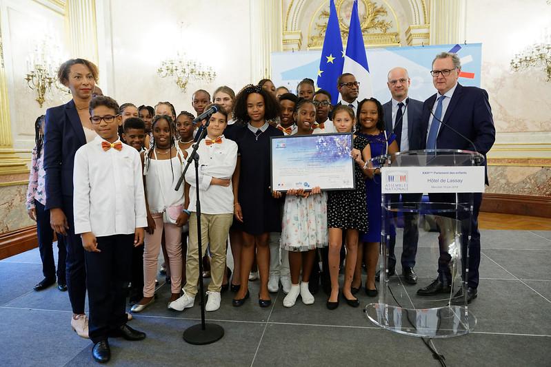 Diminuer l'empreinte environnementale du numérique: la proposition de loi lauréate du prix Parlement des enfants 2019