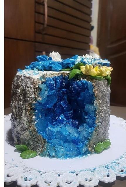 Geode Cake by Sabina Yeasmin of Doctor's Bakery