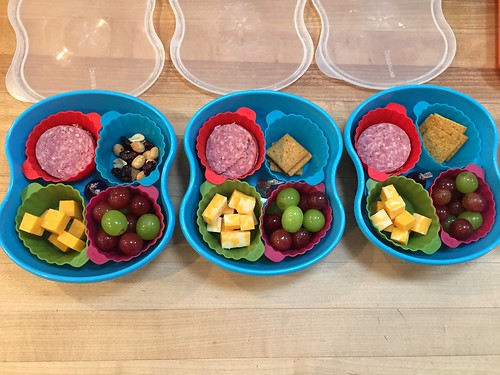 portable lunches packed in food storage containers