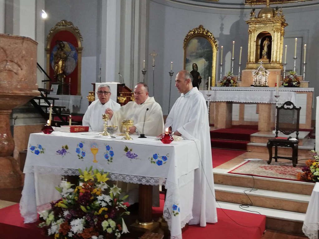 Bendición nuevo altar móvil