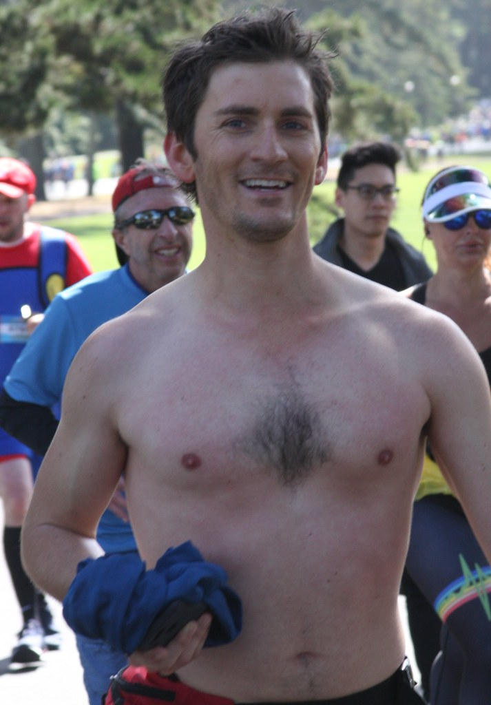 #3 TOP VIEWED & FAVED HUNKS at the BAY TO BREAKERS RACE 2019 ! ( safe photo )