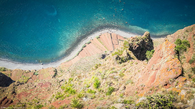 View from Skywalk  -  Cabo Girão  -  Madeira  -  N4098