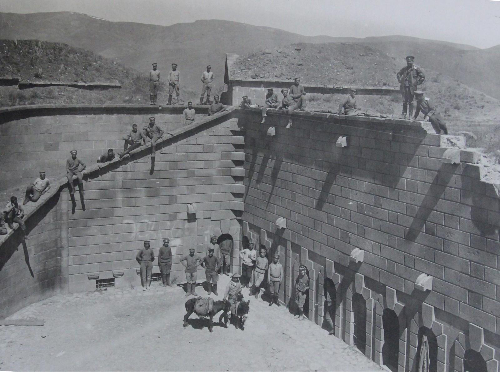 Форт Тафта. Казарма