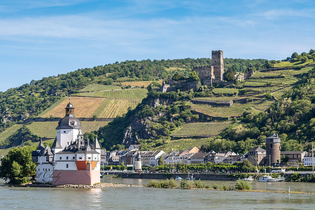 Pfalzgrafenstein Castle & Gutenfels Castle on The Middle Rhine