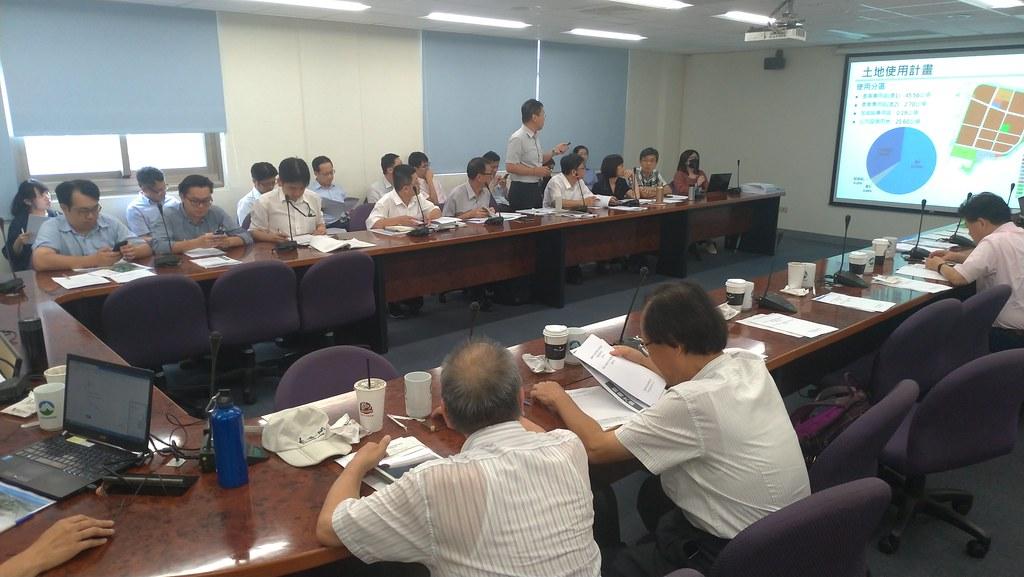 環保署今(20)進行仁武產業園區第四次專案小組初審會議,建議修正後通過。