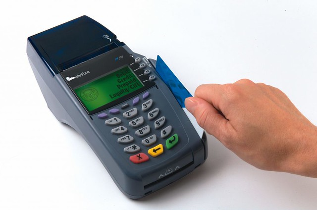 3-when-you-should-and-should-not-use-credit-cards