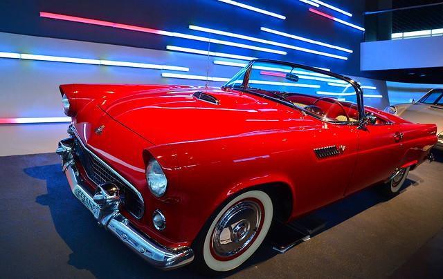 Anting - 1955 Ford Thunderbird