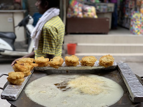 City Food - Unusual Tikki, Gupta Chaat Corner