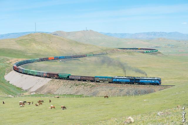 I love long train ...