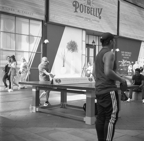 Table Tennis, Westfield Shopping Centre, Stratford, 2018. Film 122004 (2) | by richardhunter3