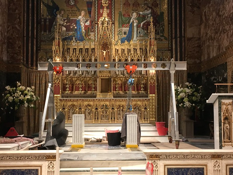Farm Street new altar (2)