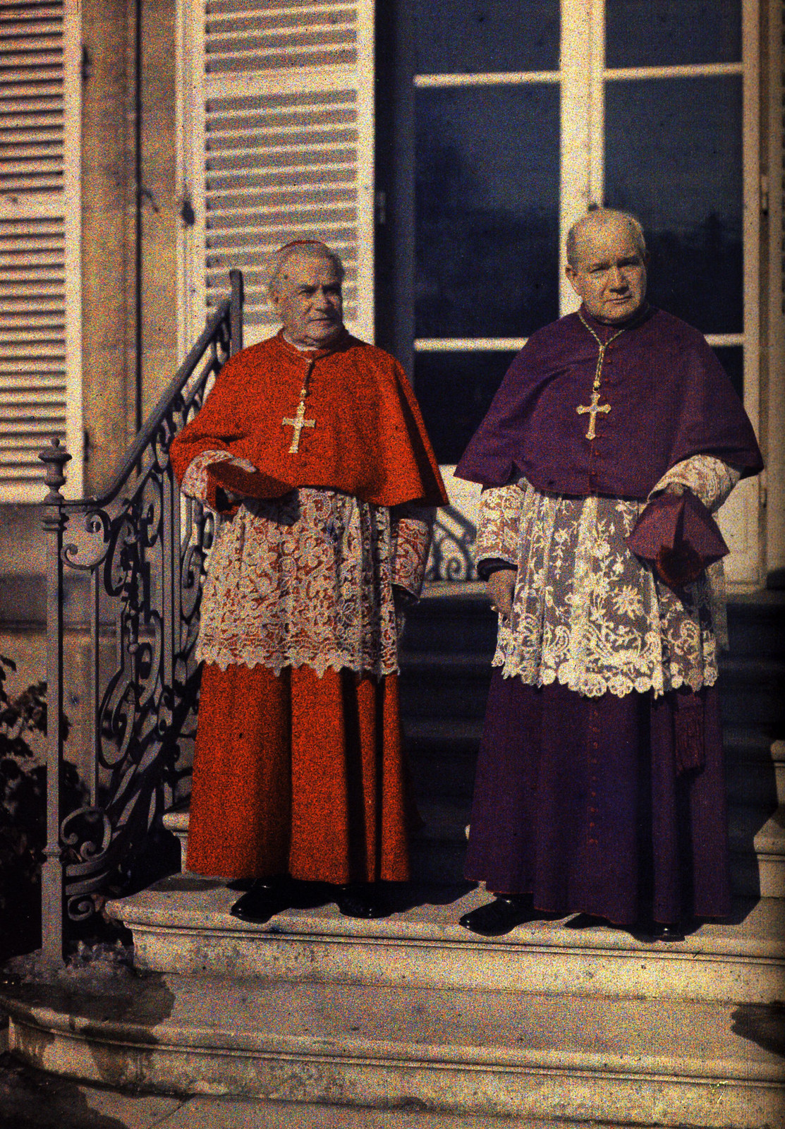 1917. Монсеньоры Люсон и Неве в Реймсе, 6 апреля