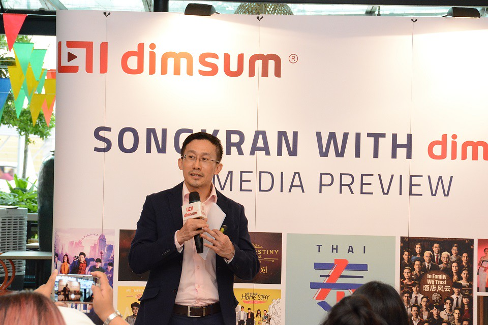 Songkran With Dimsum_ Minister Counselor Mr. Amnat Phalapleewan From The Royal Thai Embassy