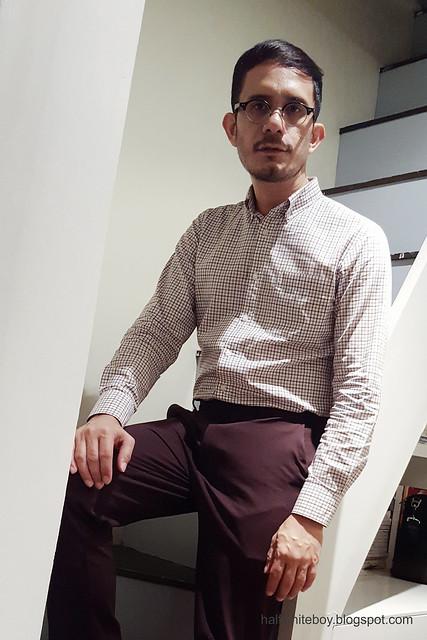 halfwhiteboy - maroon motif casual office wear 03