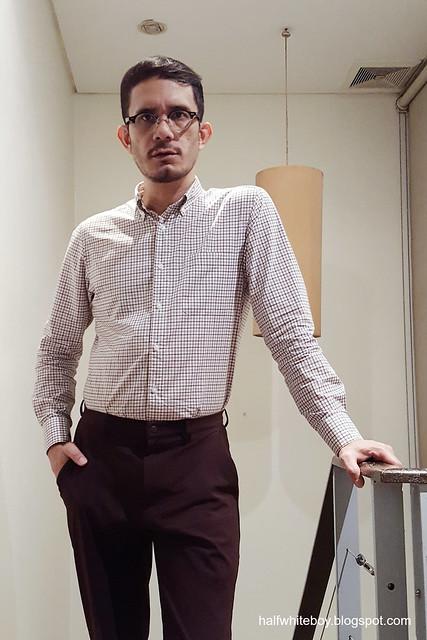 halfwhiteboy - maroon motif casual office wear 04