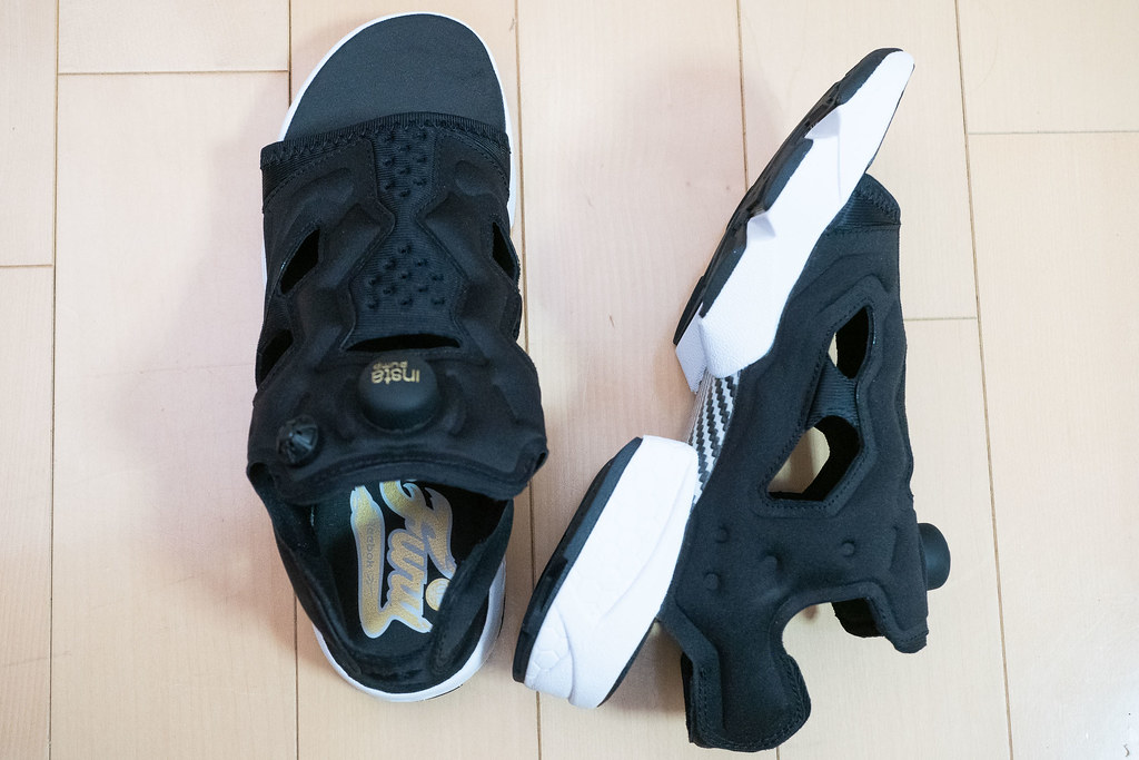 Reebok_Instapump_fury_sandal-13