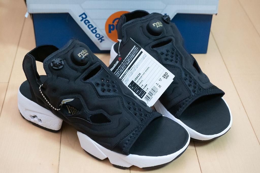 Reebok_Instapump_fury_sandal-2