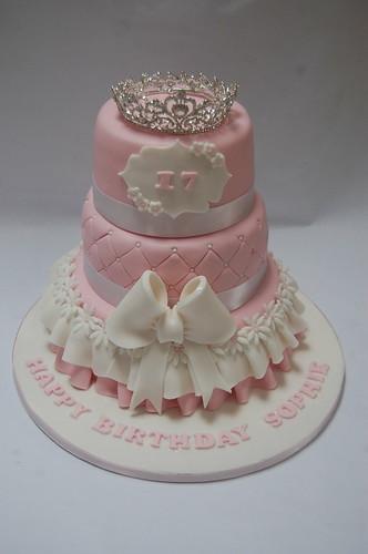 Groovy Baby Pink Princess Tiara Cake Beautiful Birthday Cakes Funny Birthday Cards Online Amentibdeldamsfinfo