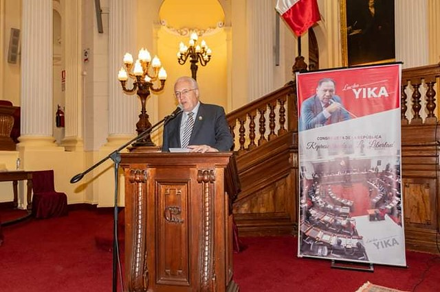 Peru-2019-03-16-UPF-Peru President Receives Recognition in Congress
