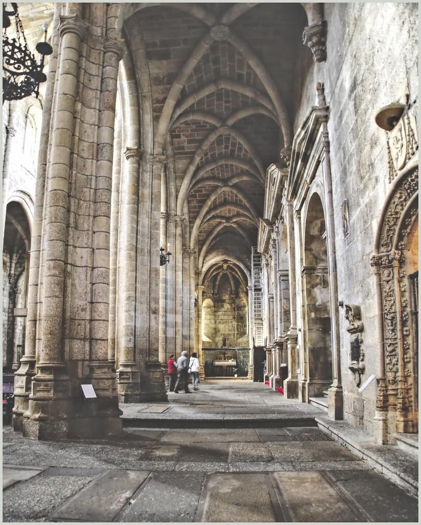 Catedral de Guarda 48099480438_b667d1c02b_b