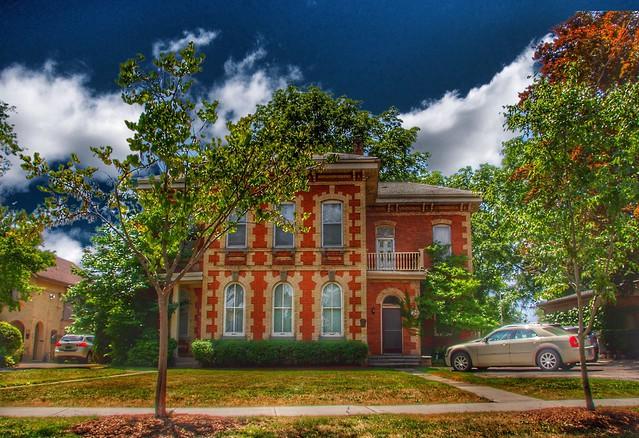Brantford Ontario - Canada -  Jarvis House i-  24-26 Lorne Crescent - 1875 - Heritage House
