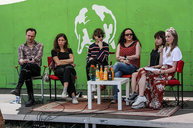 """panel: """"geschlechter(un)gleichheiten auf festivalbühnen"""""""