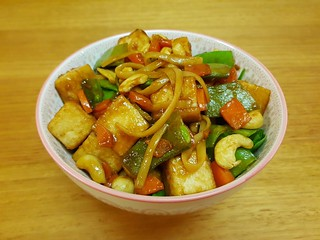 Noodles with Tofu and Cashew-Stir-Fry