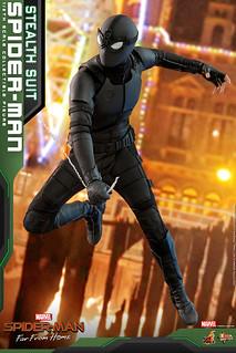 全新登場的素黑戰衣! Hot Toys - MMS540 -《蜘蛛人:離家日》蜘蛛人 (潛行戰衣) Spider-Man (Stealth Suit) 1/6 比例人偶作品