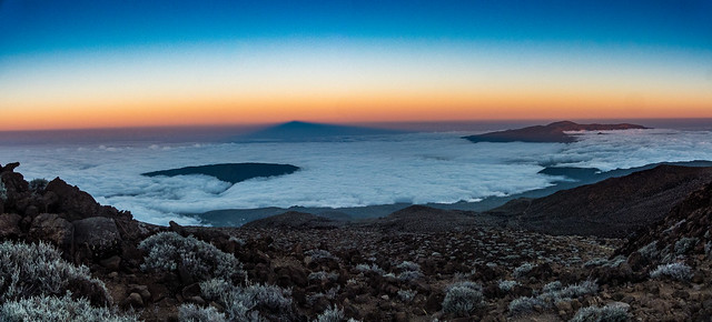 Piton des Neiges au coucher du soleil