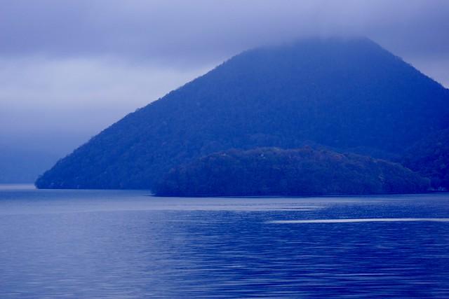 洞爺湖朝朗け in the morning of Lake-Toya-2