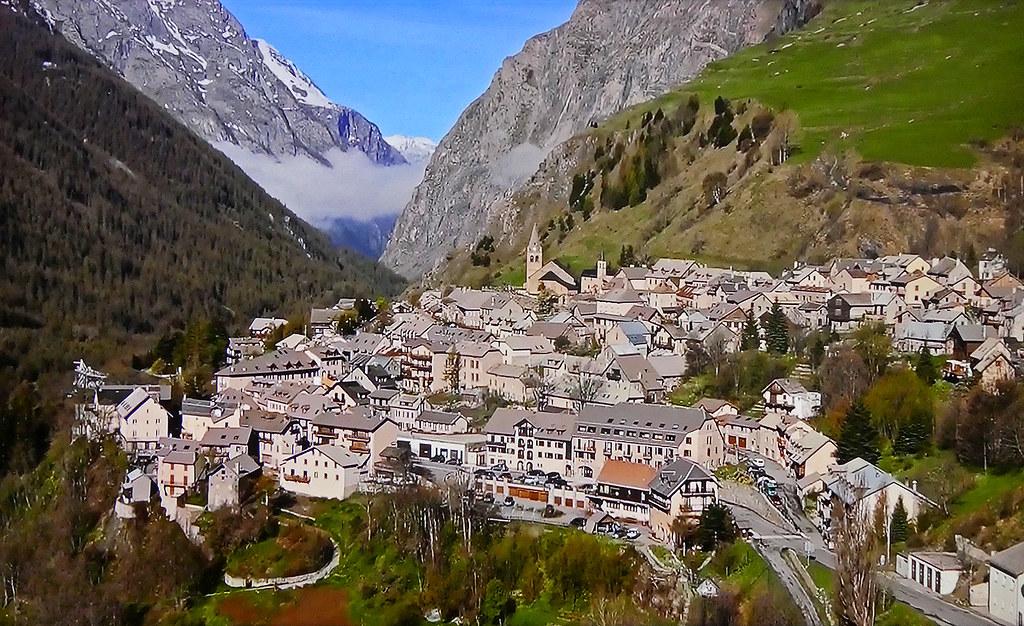 FRANCE - Southern Alps - La Grave village