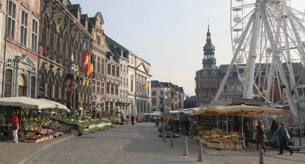 Bezienswaardigheden Mons: Grand Place, Grote Markt | Mooistestedentrips.nl