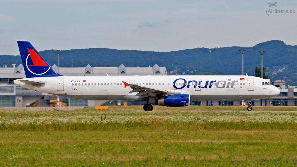 TC-ONJ Onur Air Airbus A321-131