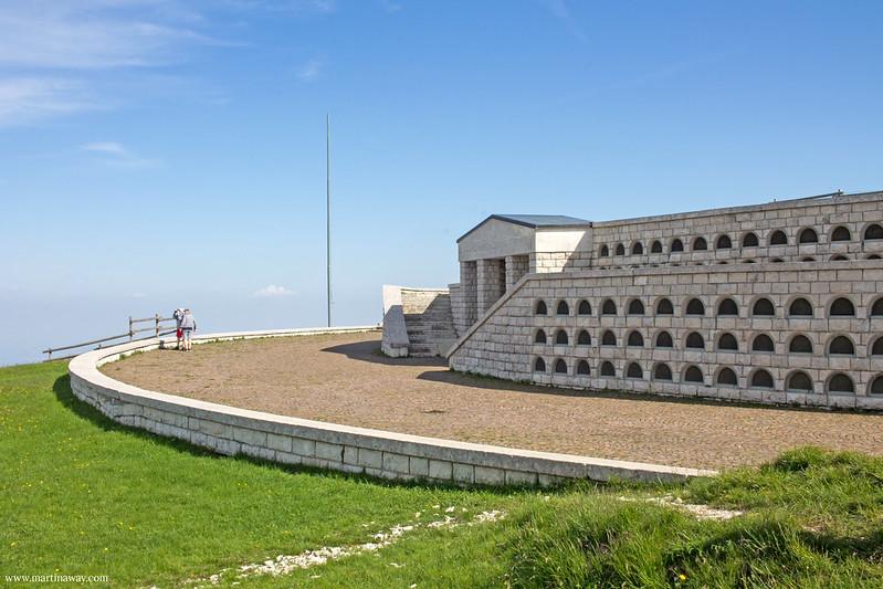 Sacrario Militare di Cima Grappa: ossario austroungarico
