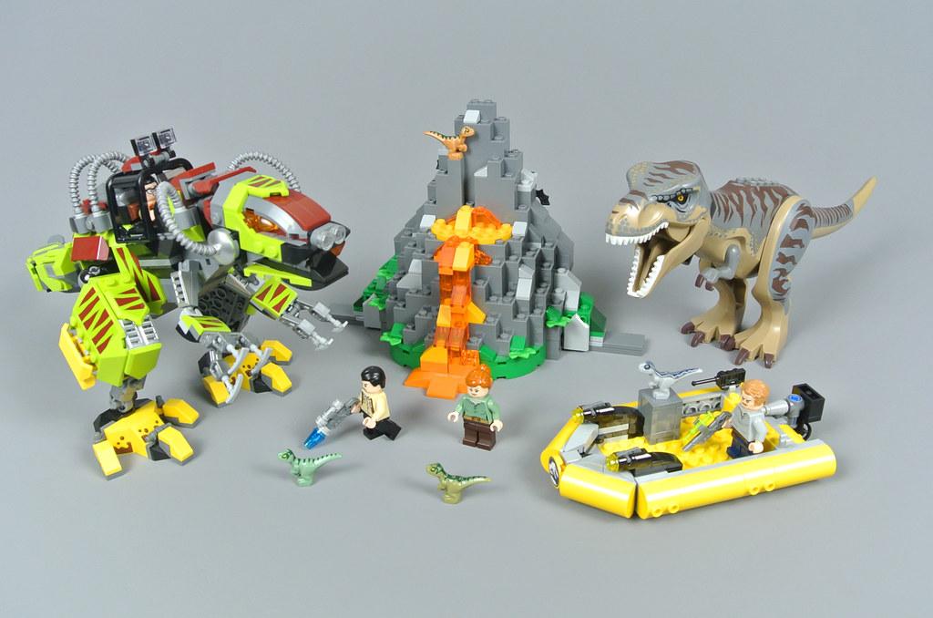 LEGO Jurassic World 75938 T. rex vs Dino-Mech Battle review
