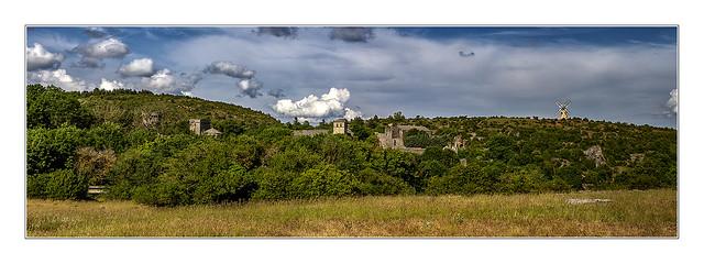 La forteresse  de La Couvertoirade