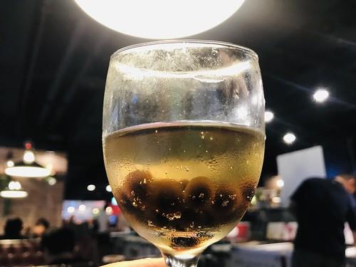 20190621 板橋遠百新馬辣 珍珠氣泡酒